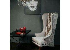 Кресло Трон в частном интерьере